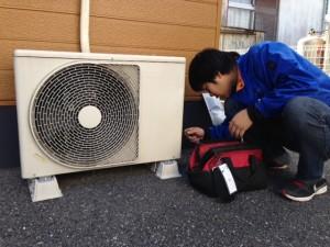 エアコン取外&大型TVが入荷です(。・∀・)ノ