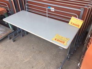 ハイテクウッド 折り畳みテーブル KS1560 入荷しました(*'▽')