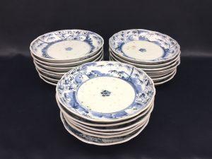旧家蔵出し♪ 大明年製 皿 20枚 華唐草 入荷しました。。 なんか凄そう!?