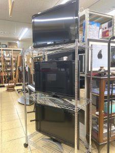満を持して。特価品 SHARP 液晶テレビ 32型 LC-32E7 販売スタート!します( ̄д ̄)