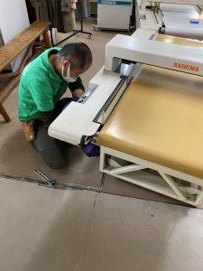 縫製工場より検針機を譲り受けました!重てぇ。。('◇')ゞ